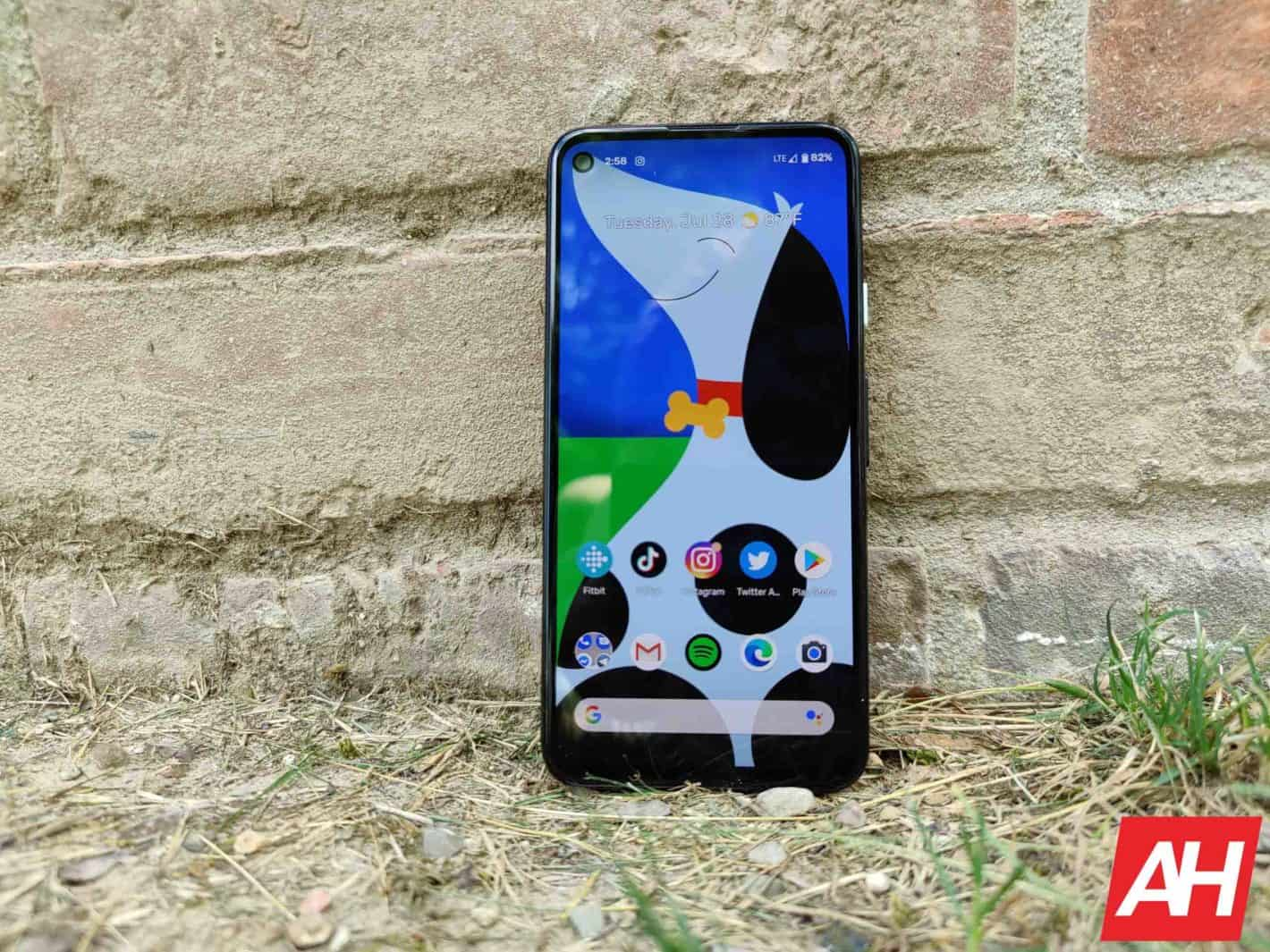 Обзор Google Pixel 4a, 18 г.